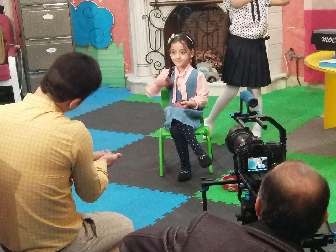 ساخت کلیپ مدرسه موسیقی با حضور ساینا و شاینا